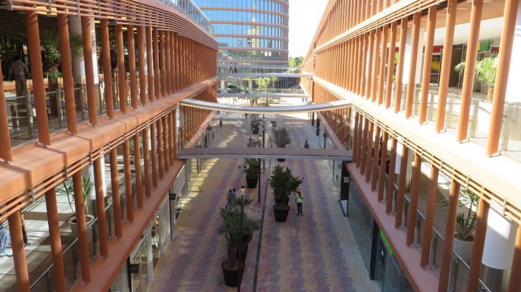 Triana Da La Bienvenida Al Centro Comercial Torre Sevilla